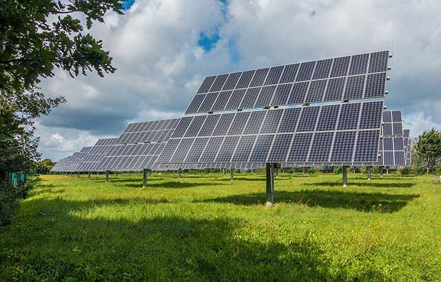 te ayudamos a instalar tu huerto solar